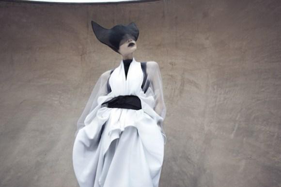 2 004 1 Японский минимализм в одежде   кошечки от Max Tan