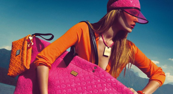 Aviary fashionadaexplorer com Picture 1 580x317 Louis Vuitton на всех не хватит   бум продаж сумок