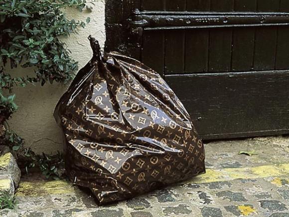 cc 4 1 580x435 Louis Vuitton на всех не хватит   бум продаж сумок